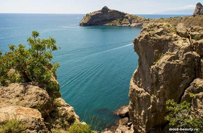 Самые красивые бухты Крыма: Синяя бухта. CC0