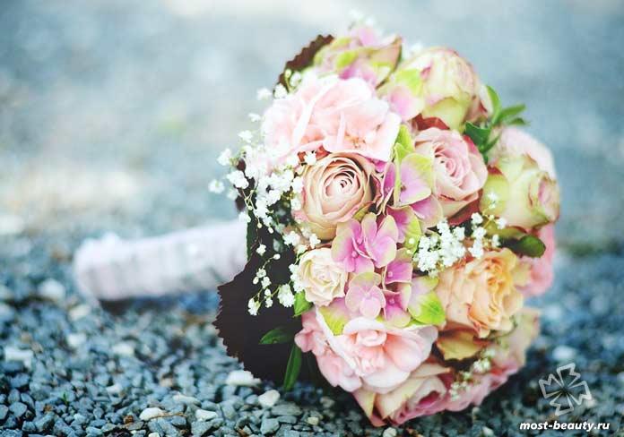 Красивый букет цветов на свадьбу. CC0