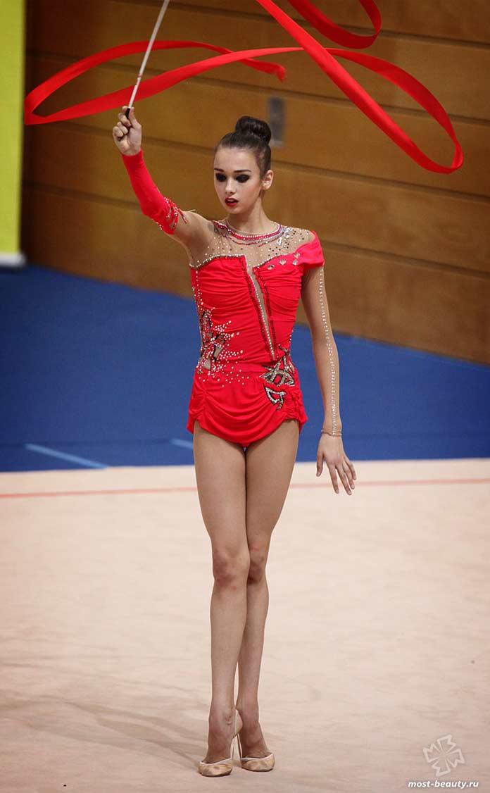 Самые красивые гимнастки: Элеонора Романова
