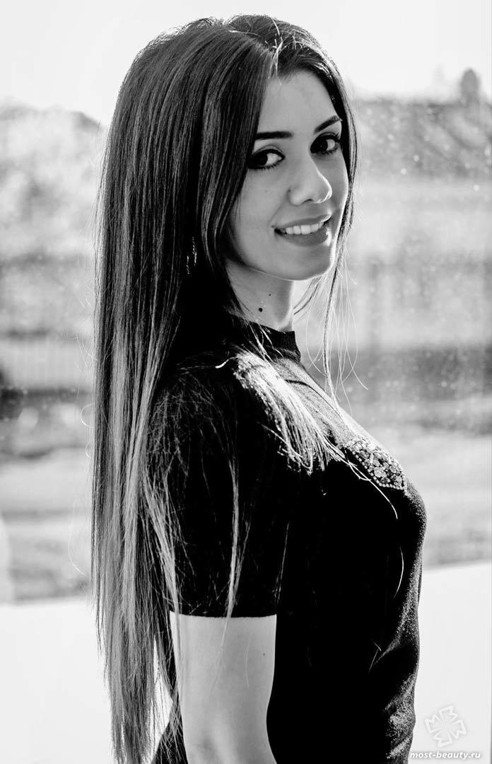 Нигина Назарова