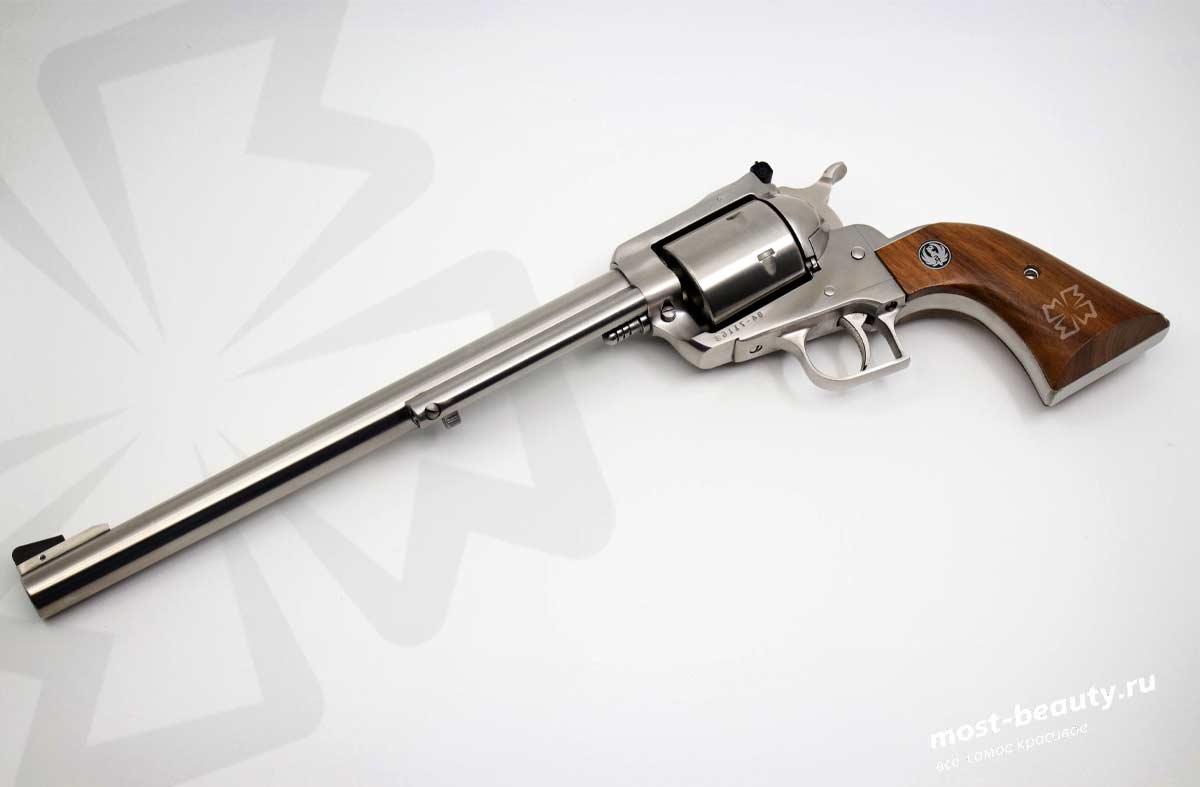 Пистолет. CC0