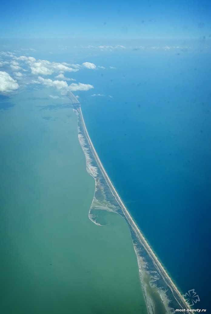 Удивительно красивые пляжи Крыма: Арбатская стрелка
