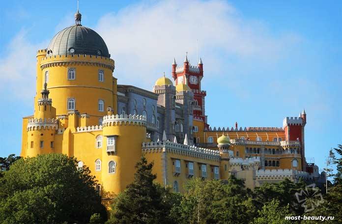 Самые красивые дворцы: Пена. CC0