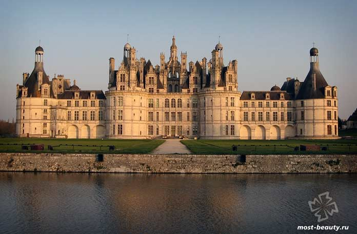 Самые красивые дворцы: Замок Шамбор. CC0