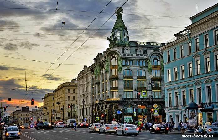 Самые красивые улицы мира: Невский проспект. CC0