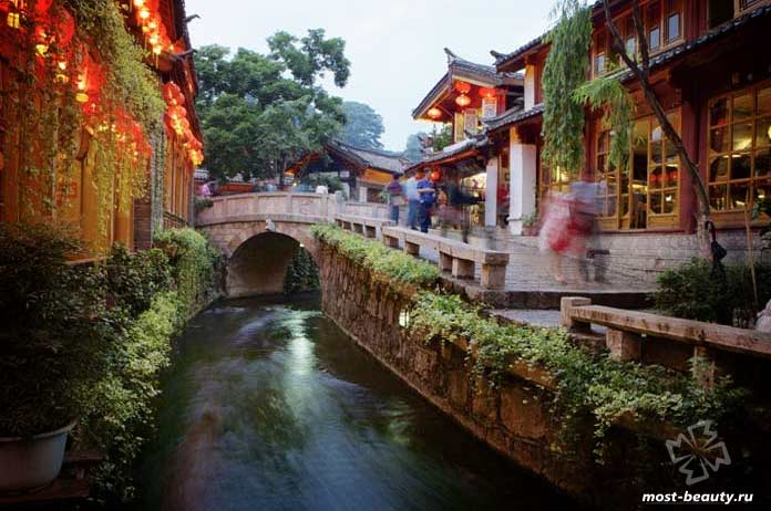Qiyi Street Chongron Alley