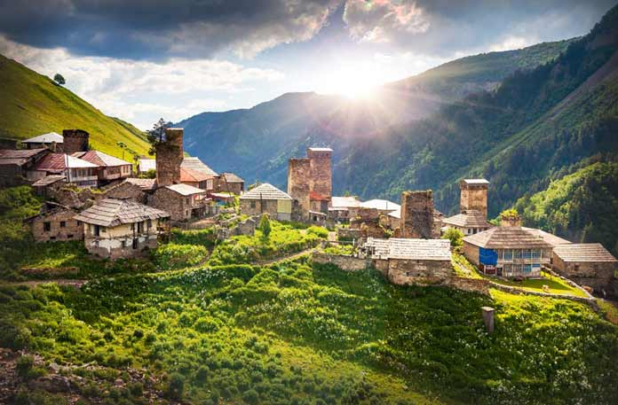 Самые красивые места Грузии святые интересные лучшие курорты туризм обязательные для посещения Фото где находятся как добраться