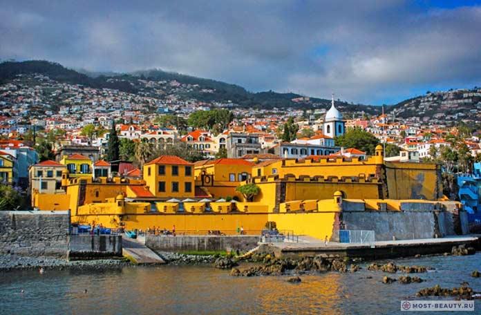 Крепость Sao Tiago