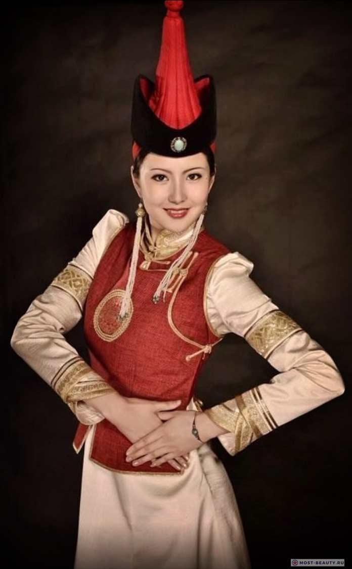монгольский костюм