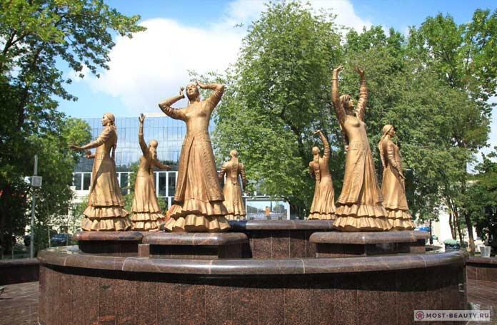 Фонтан «Семь девушек»