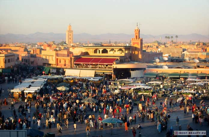 Площадь Джамаа-эль-Фна