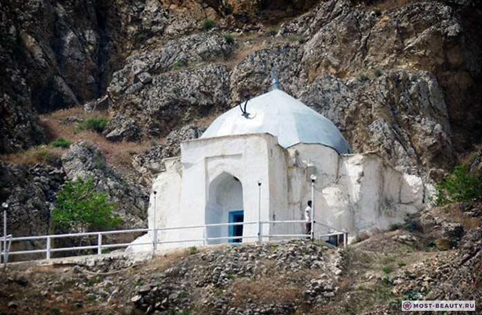 мечеть Парау-биби