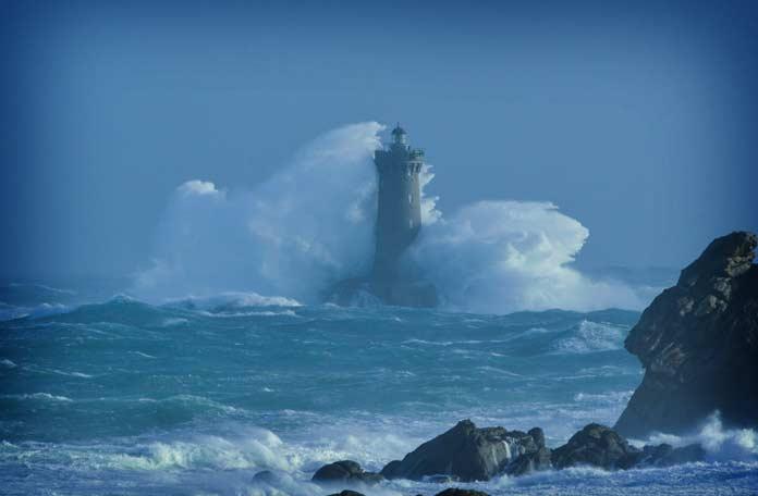 20 самых красивых маяков в мире, от которых захватывает дух