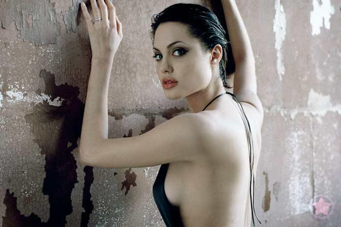 Первые работы Джоли