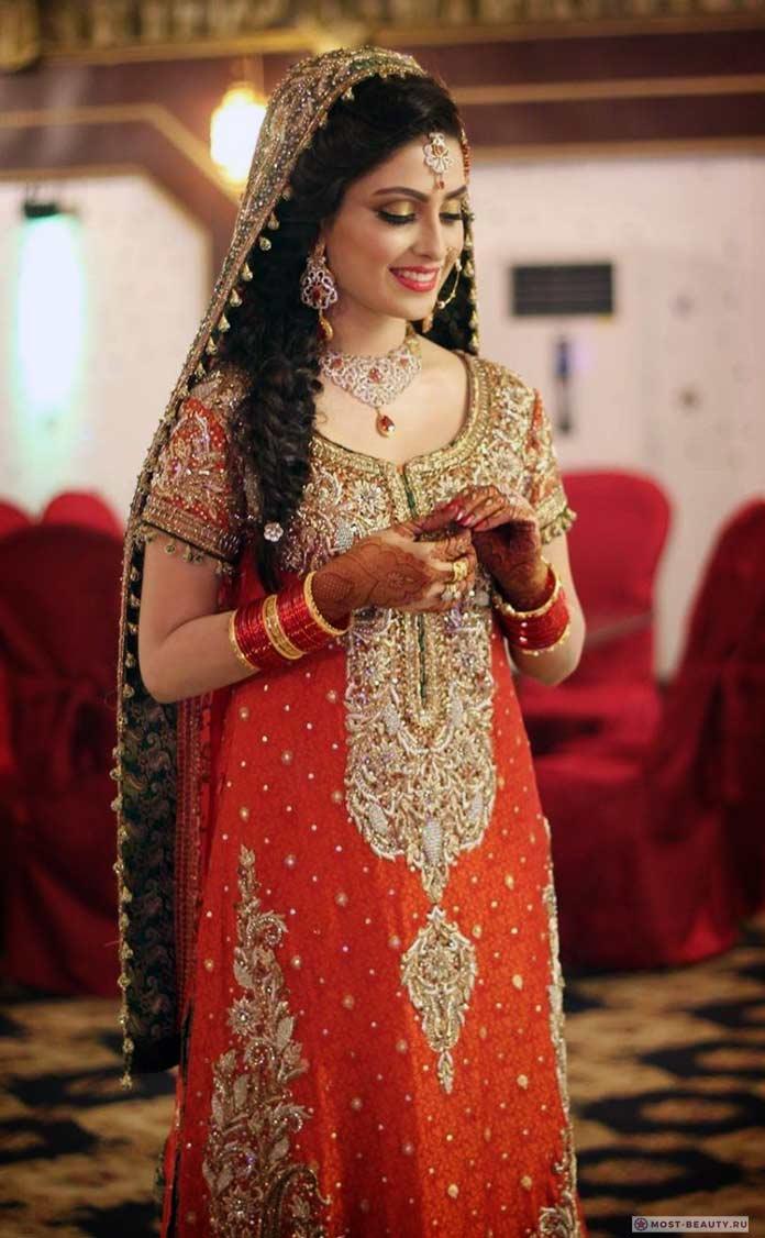 Ayeza Khan