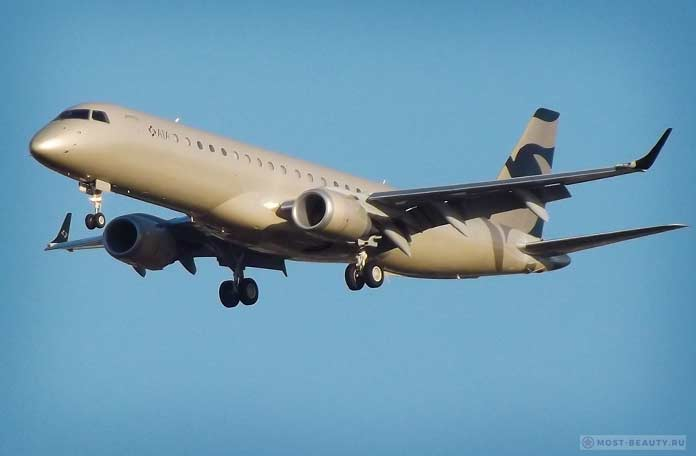 Embraer EMB190BJ Lineage 1000