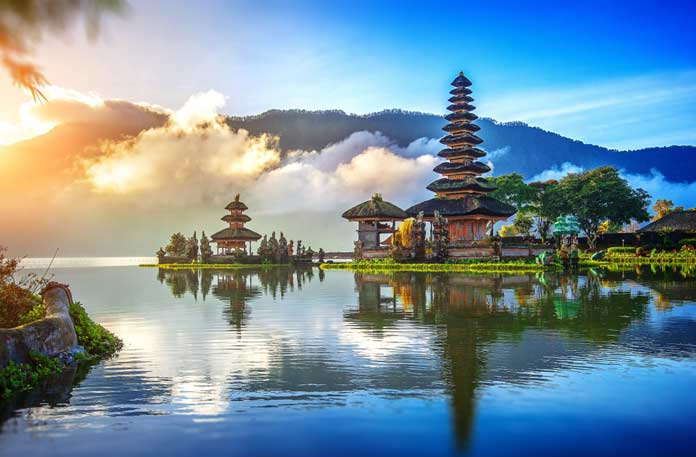 15 самых красивых достопримечательностей Индонезии