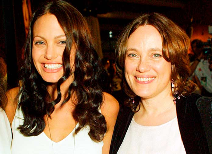 Джоли со своей мамой