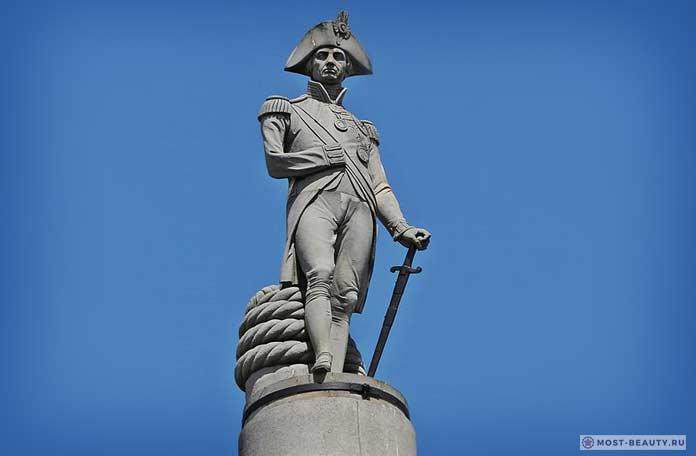 Памятник Адмиралу Нельсону