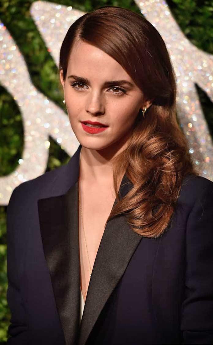 Emma Watson. 10 актрис с маленькой грудью