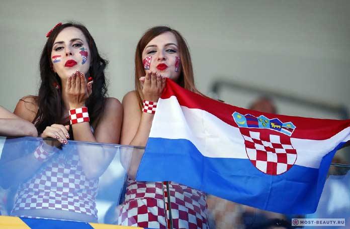 Красивые хорватские болельщицы