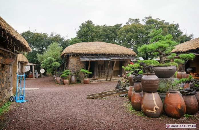 Музей народной деревни Чеджу
