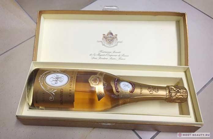 Louis Roederer, 1990 Cristal Brut - одна из самых дорогих бутылокшампанского в мире