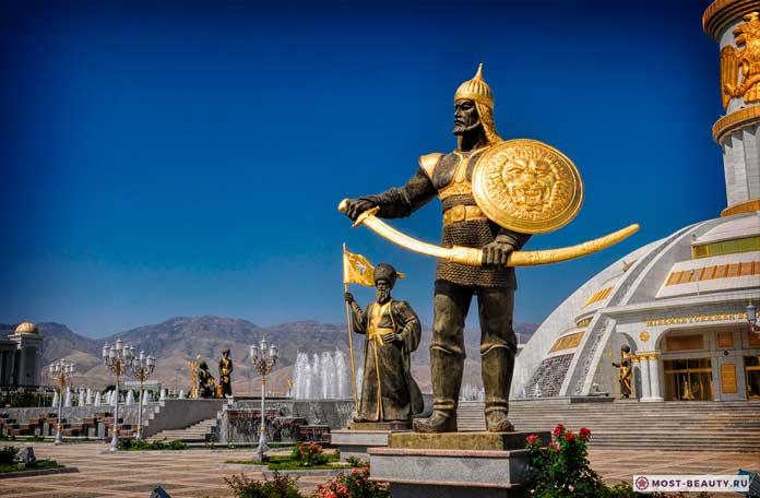 ТОП-20 красивейших достопримечательностей Туркмении