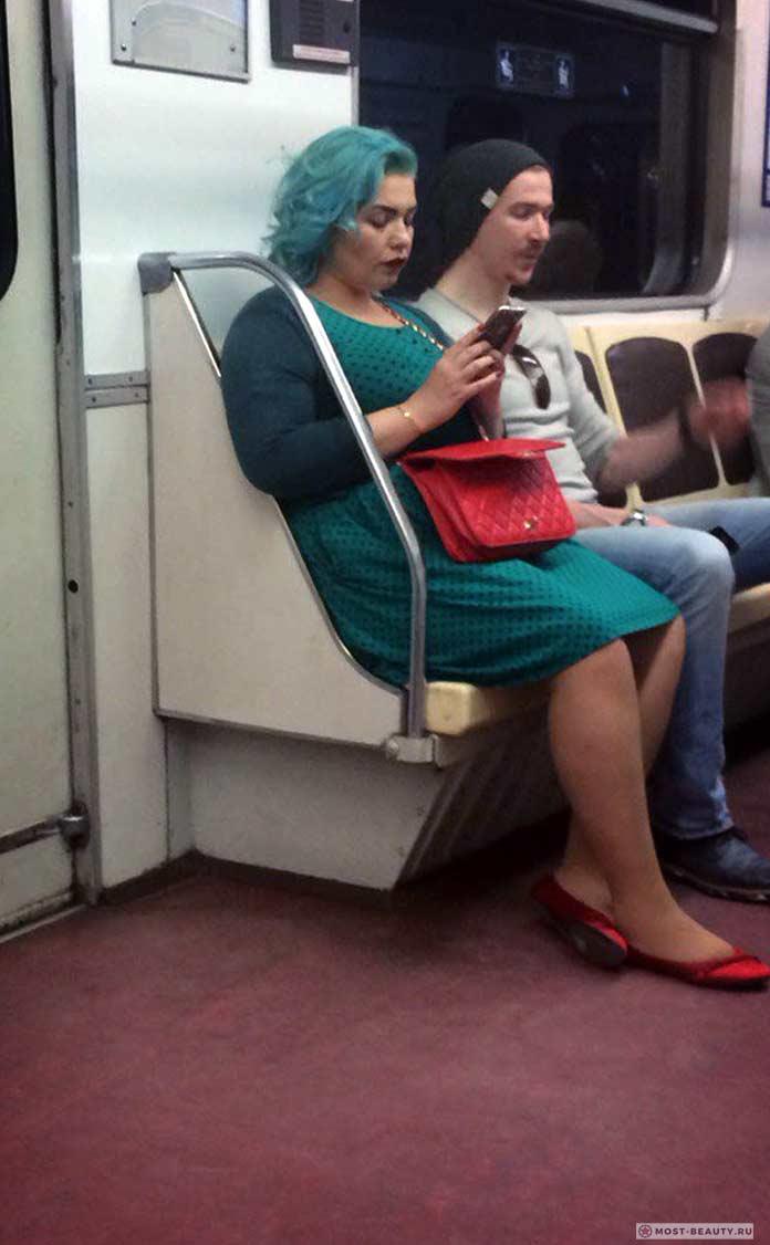 фото модниц в метро: Стильная дамочка