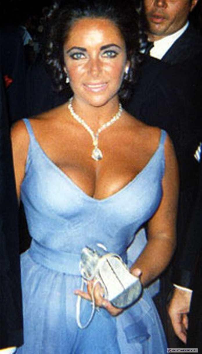 Элизабет Тейлор вфиолетовом платье