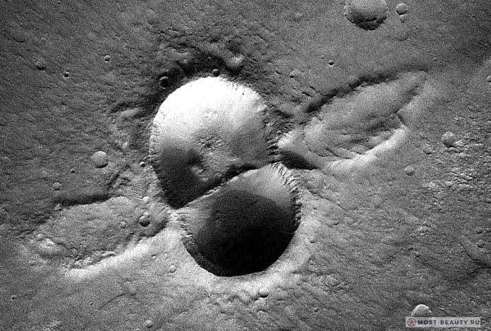 Двойной кратер