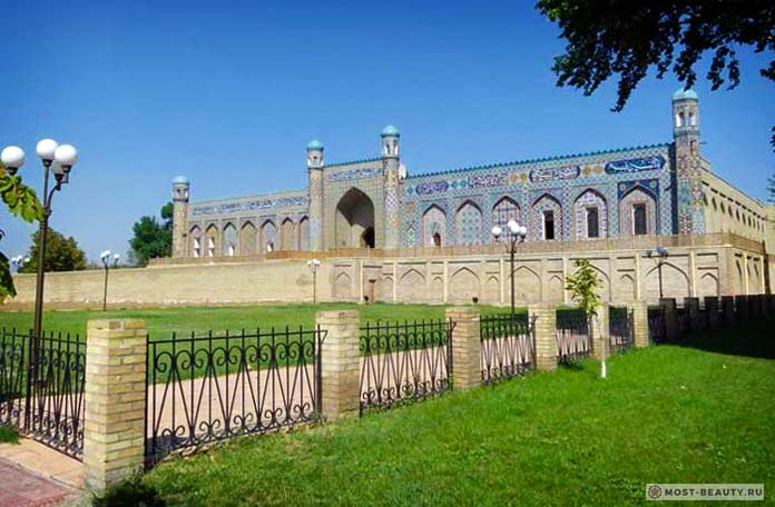 Дворец Худояр хана
