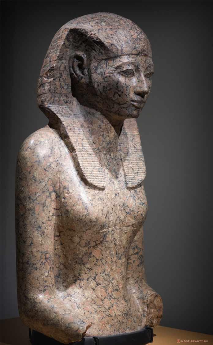 Статуя Хатшепсут