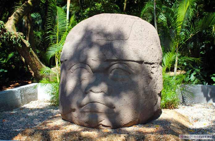 Каменные головы ольмеков - загадочные мегалитические сооружения