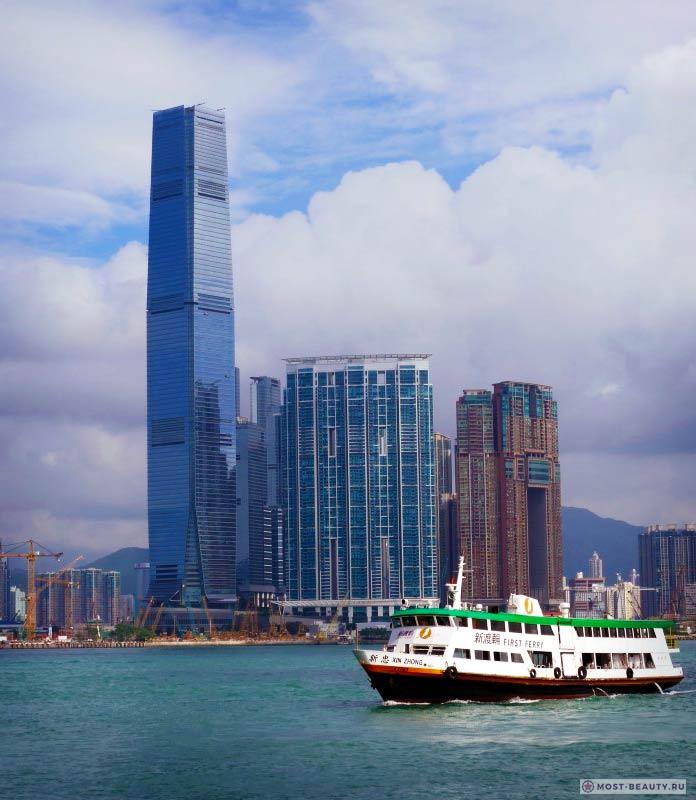 Международный торговый центр - одно из самых высоких зданий