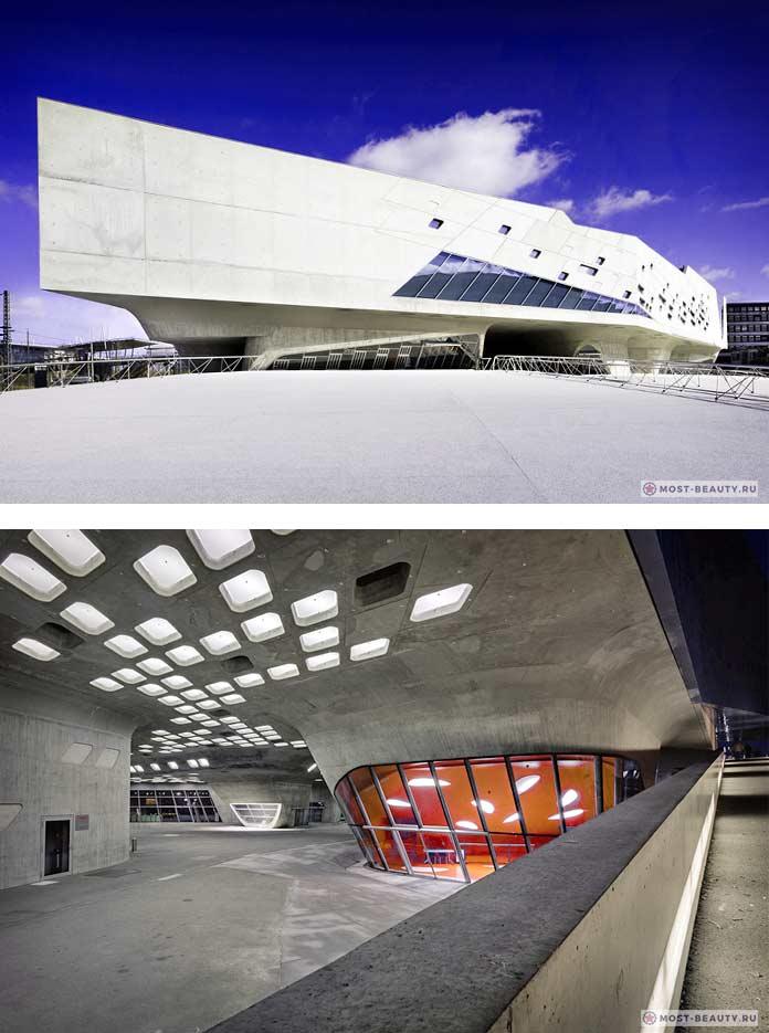 10 зданий Захи Хадид: Научный центр Phaeno
