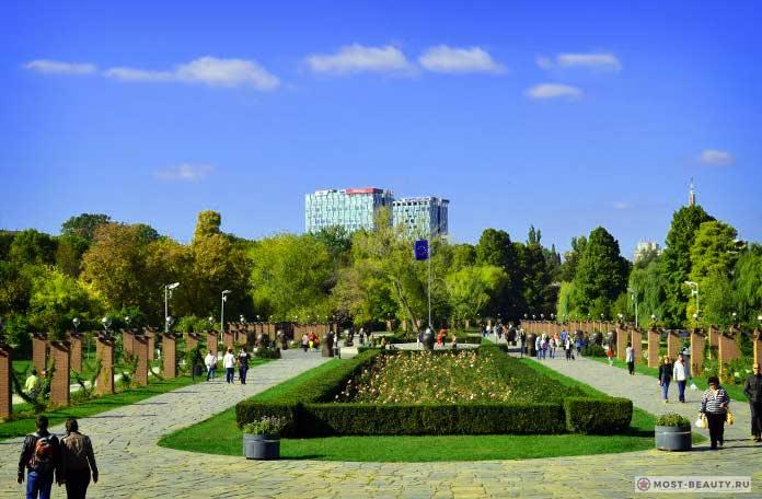 Список достопримечательностей Бухареста: Парк Херастрау