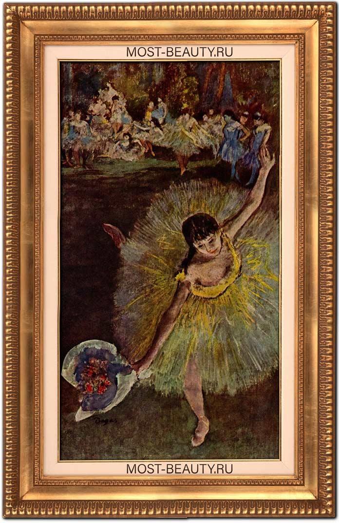 Танцовщица с букетом