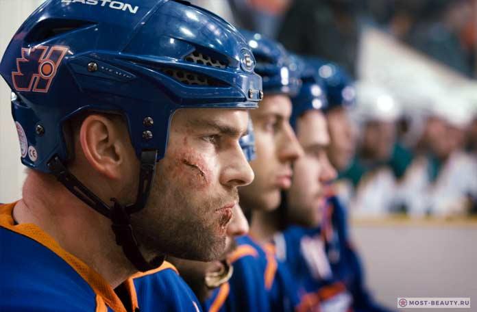 Популярные фильмы про хоккей: Вышибала