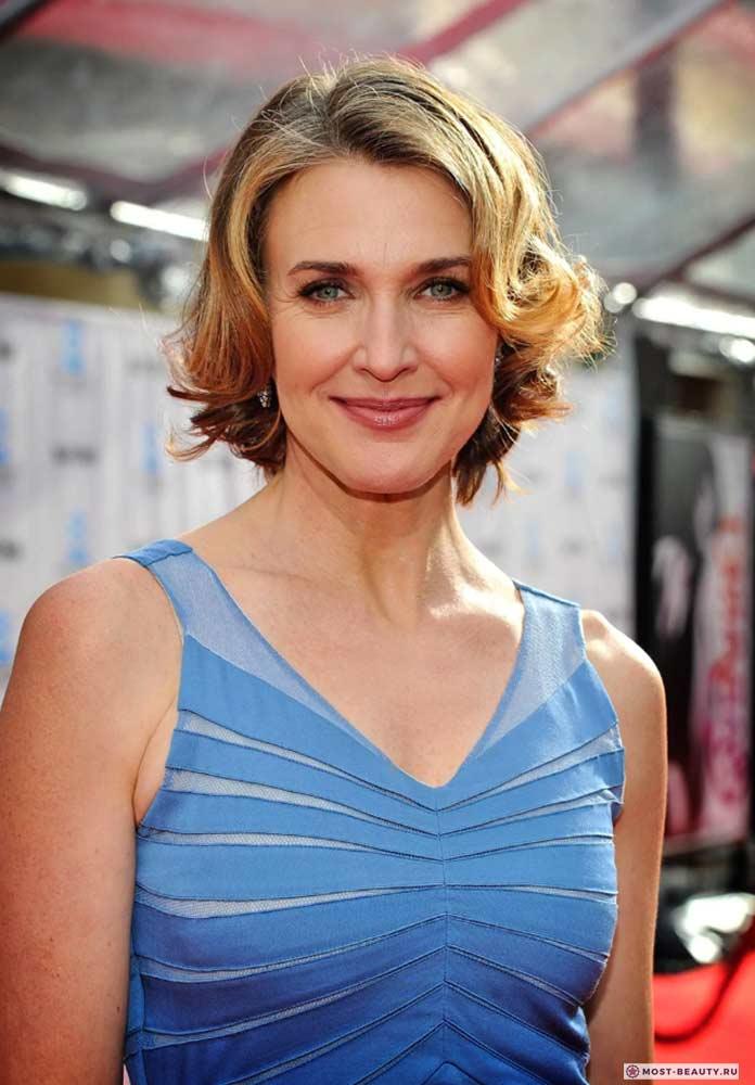 Актрисы сериала «Отчаянные домохозяйки»: Бренда Стронг