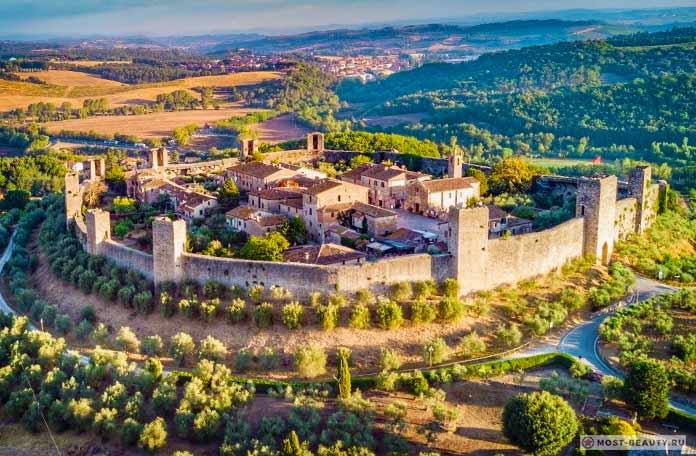 Самые красивые итальянские деревни: Монтериджиони
