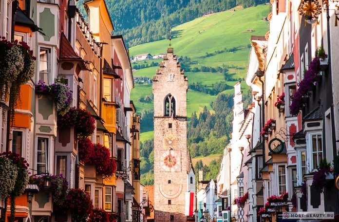 Знаменитые итальянские деревни: Випитено