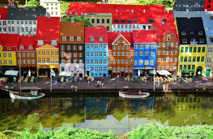 Биллунд - один из лучших городов Европы для путешествий с детьми. СС0