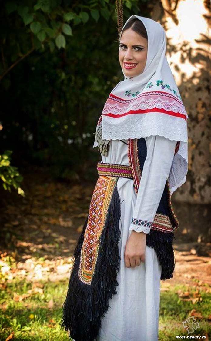 сербский национальный костюм