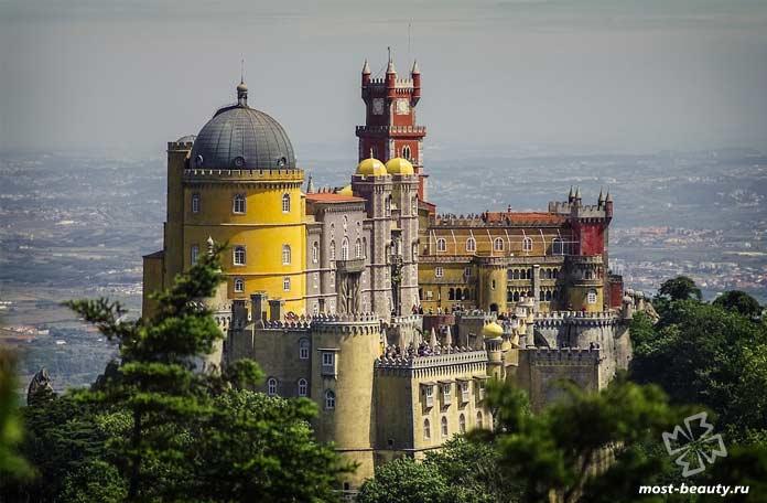 Красивые места Португалии: Дворец Пена. СС0