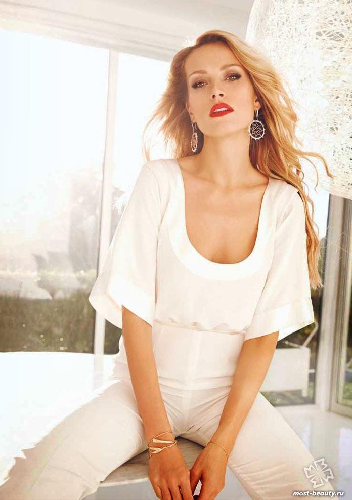Знаменитые и красивые девушки Чехии: Петра Немцова