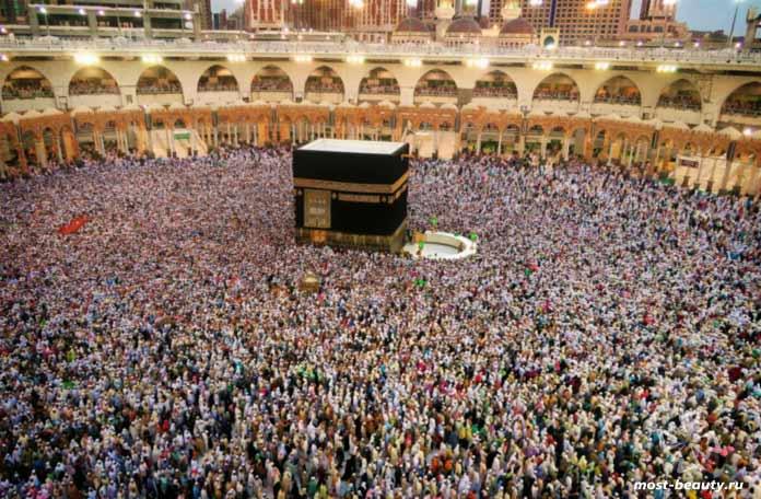 Мекка - одно из посещаемых мест в мире. СС0
