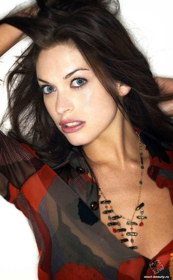Прекрасные женщины с зелёными глазами: Ким Смит