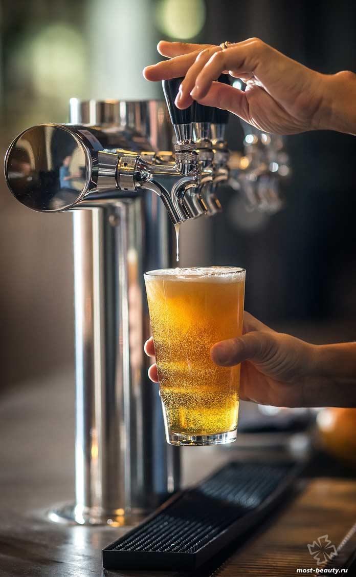 Основные сорта пива: Смешанное / Нефильтрованное пиво. CC0