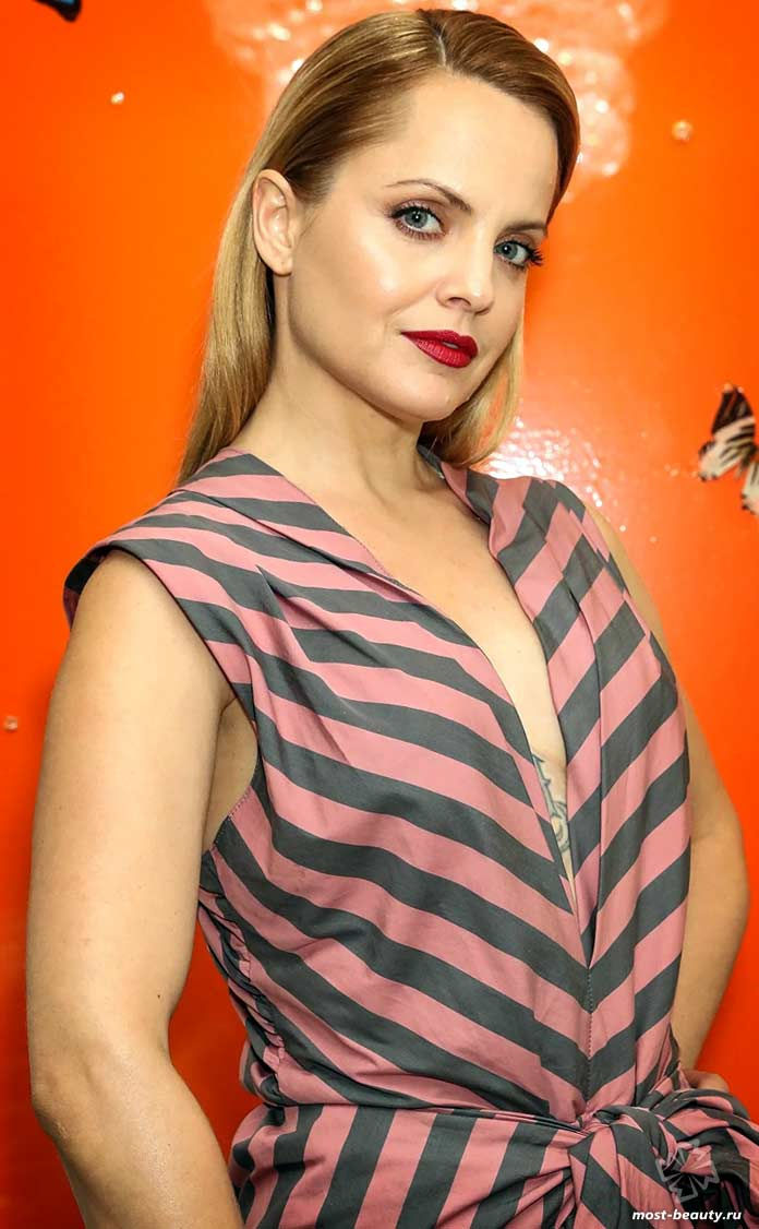 Самые красивые эстонки: Мина Сувари